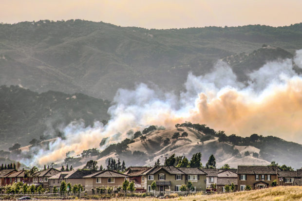 Urban sprawl fuels California wildfires?